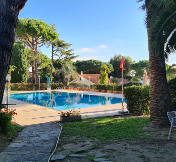 Apartment with garden in Sanremo