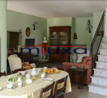 Villa for sale in Castelnuovo Magra