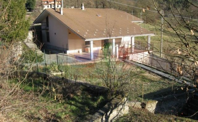 Buy a house with a plot in Cairo Montenotte, Liguria