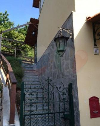 Buy a house in the mountains in Castelbianco, Liguria