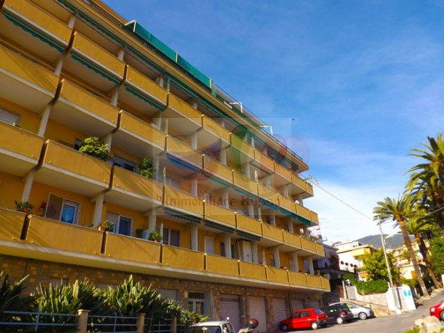 San Remo apartment to rent Liguria