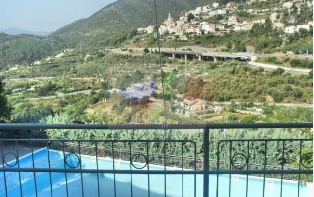 Buy a house in Pietra Ligure in Liguria with a pool