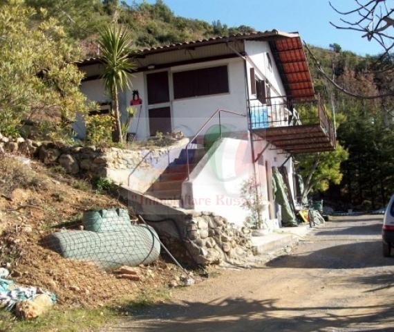 Buy houses in San Remo cheap in Liguria