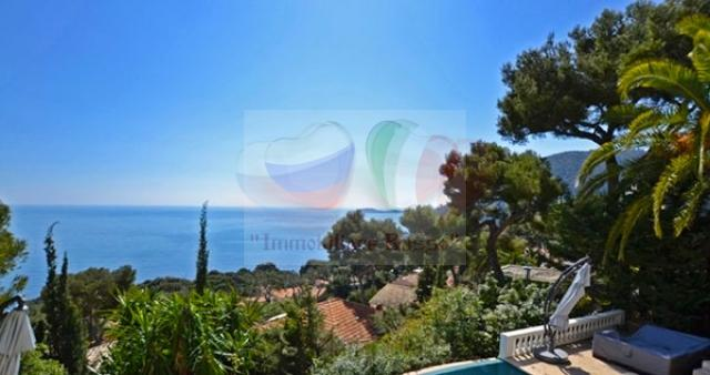 Villa for sale in Aes Bord de Mer on the French Riviera ...