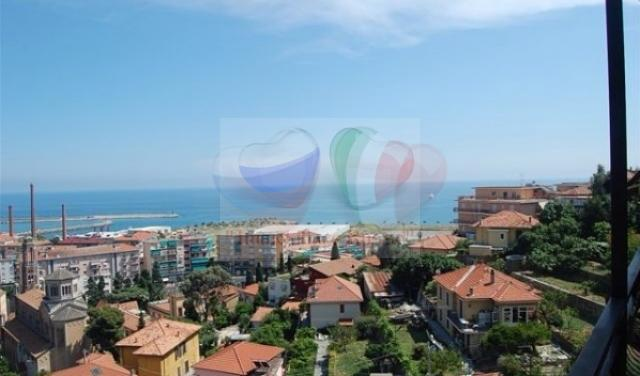 Apartments in the Empire in Liguria by the sea