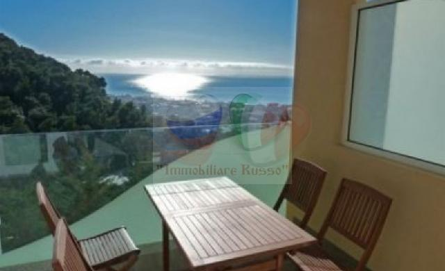 Buy an apartment in Bordighera by the sea