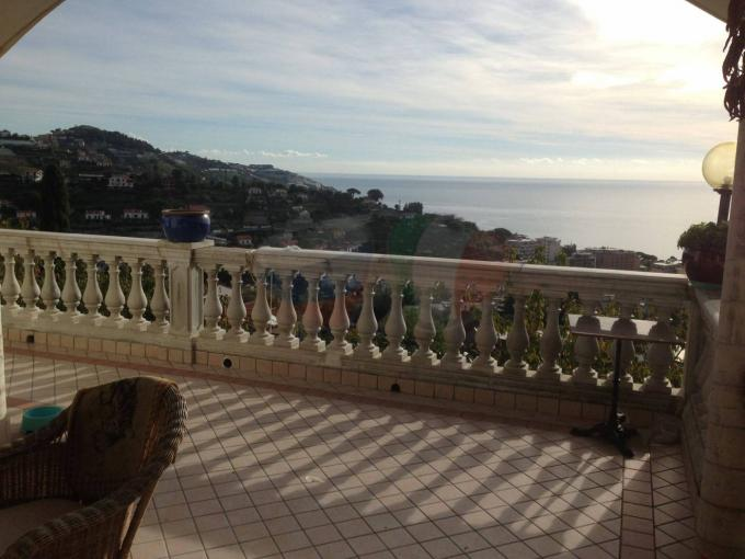 Villa in Sanremo by the sea